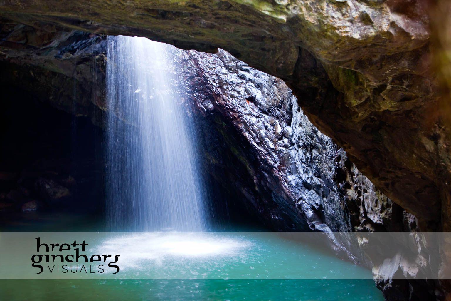 queensland hinterland water fall springbrook national park