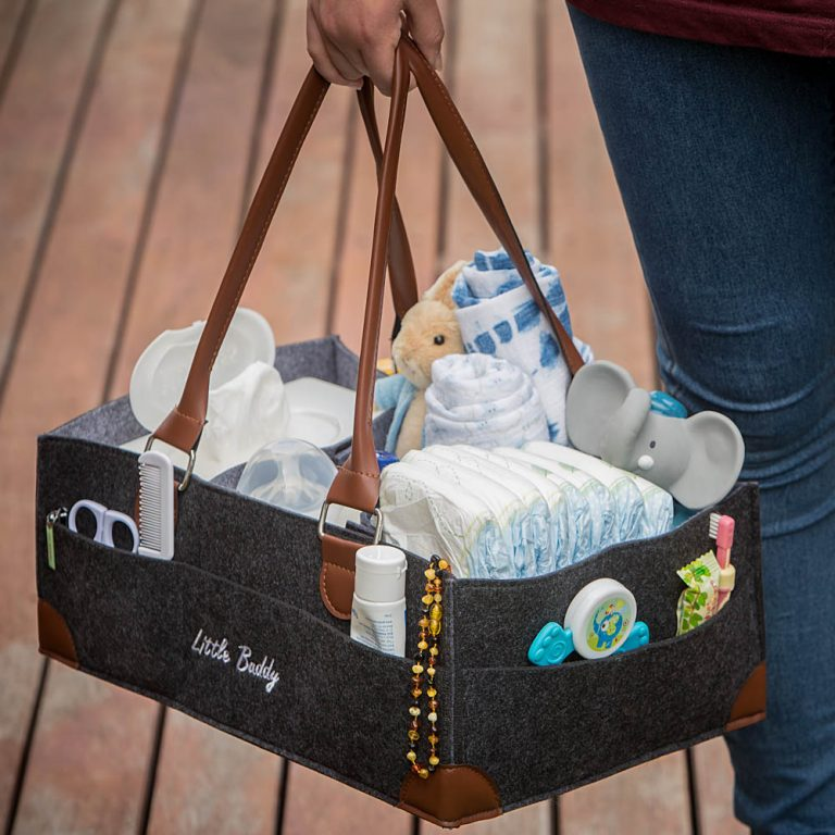 amazon photography example of lifestyle shot with baby organiser in melbourne